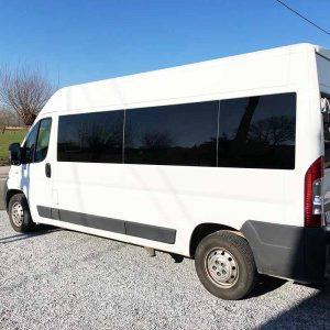 Minibus 9 plaatsen voor comfortabel vervoer!